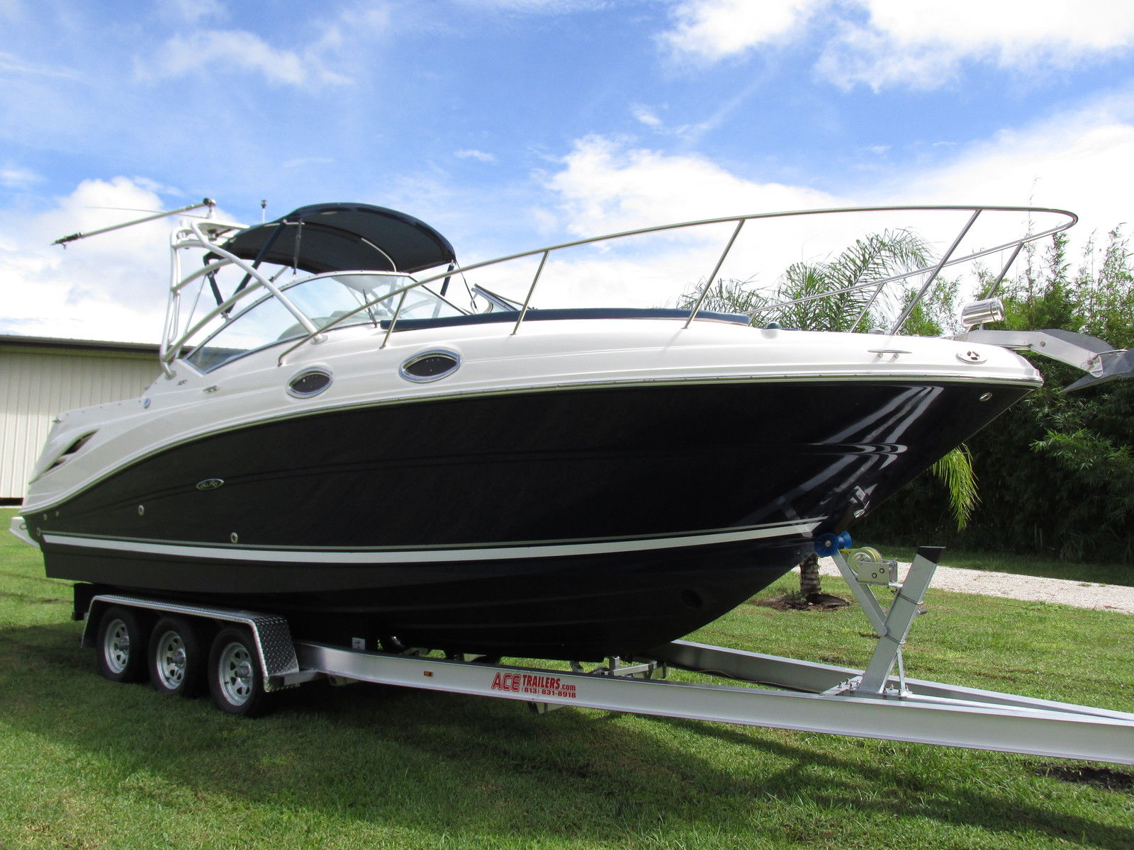 2005 Sea Ray 270 Amberjack Boat