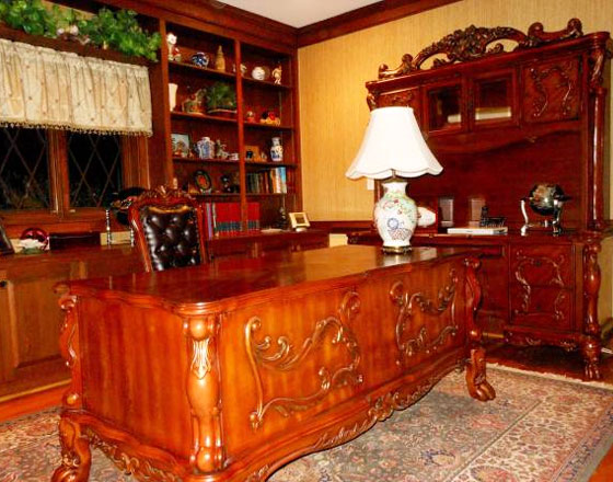 Executive office furniture (desk, chair, credenza