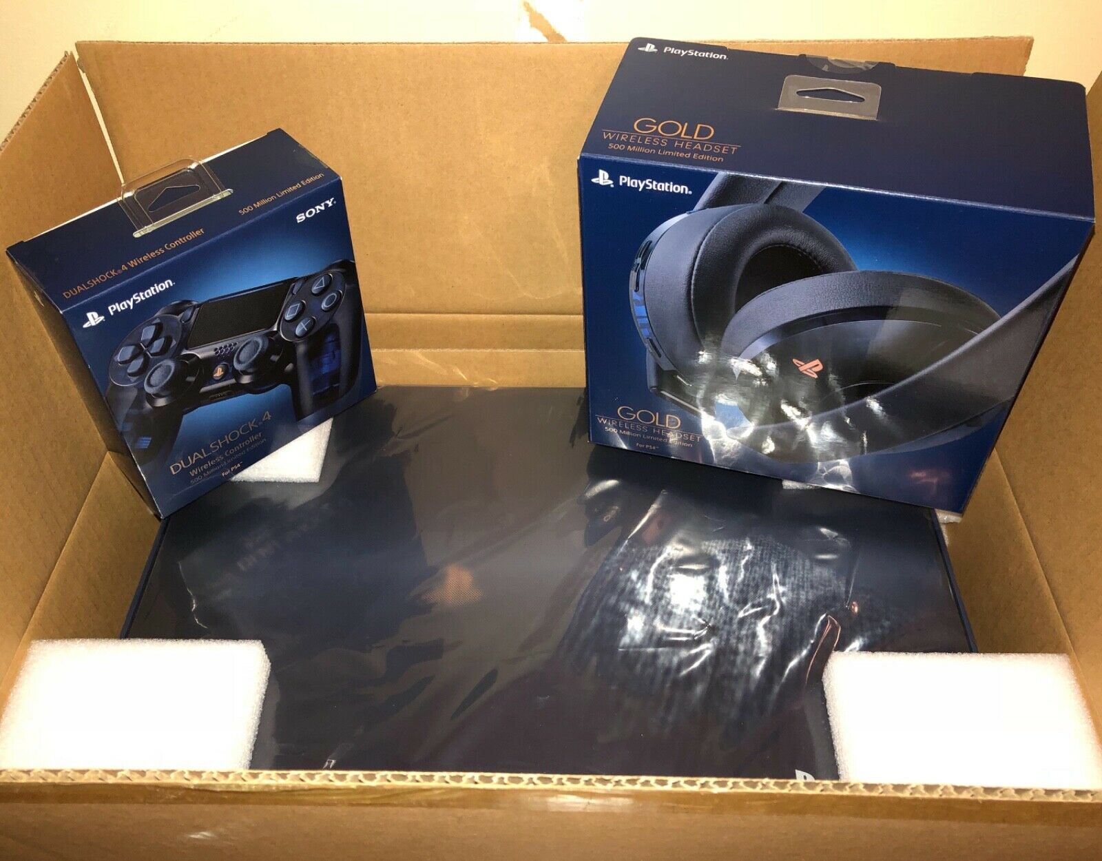 PlayStation 4pro 2tb $200 Whatsap +12674046526