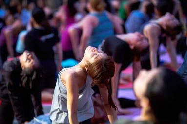 Historic National Mall to host first International Day of Yoga},{Historic National Mall to host first International Day of Yoga