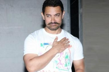 Aamir Khan Roped in for 3 Idiots Sequel