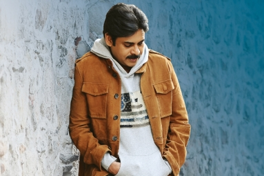Agnyaathavaasi aims massive records in USA