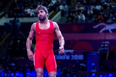 Indian Wrestler Bajrang Punia Lose out at Madison Square Garden