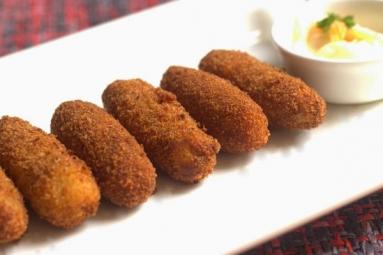 Crispy Potato and Cheese Croquettes Recipe