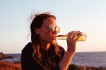 How Binge Drinking Harms Women More Than men