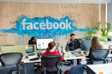 Facebook Grooms 7,500 Content Reviewers over Offensive Posts