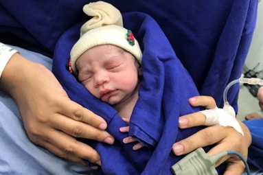 First Baby Born After Dead Womb Transplant