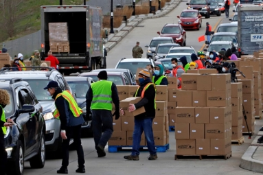 Food bank drive through in LA and Pennsylvania overrun by hundreds of unemployed Americans