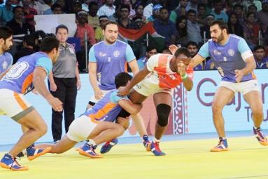 Kabaddi World Cup: India thrash Thailand, to face Iran in final