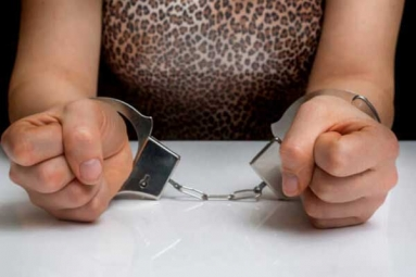 2 Women Arrested in Kolkata over Running Fake Job Racket