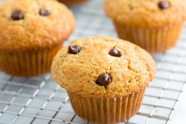 Chocolate Chips and Mango Muffins Recipe