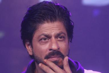 Shah Rukh to play Womaniser
