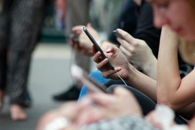 Social Media Stress Leads to Social Media Addiction: Study