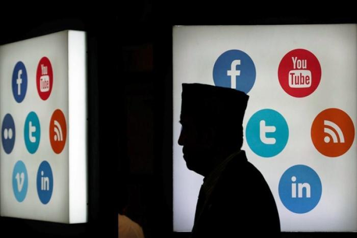 Social Media, Tech Giants to Fight New IT Regulations