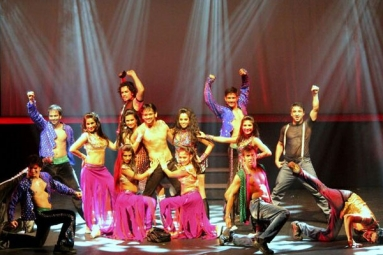 Taj Express the Bollywood Musical Revue