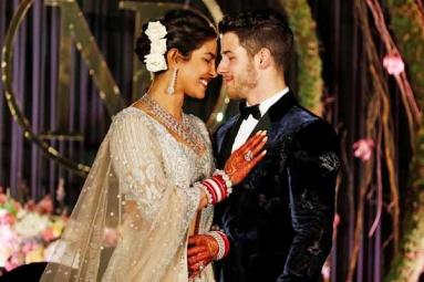 Tarot Card Reader Munisha Khatwani Predicted Priyanka-Nick's Wedding 8 Years Ago
