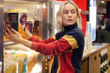 Captain Marvel Star Brie Larson Surprises Her Fans in AMC Theaters by Serving Popcorn