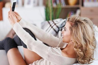 Selfies ruin relationship, says study},{Selfies ruin relationship, says study