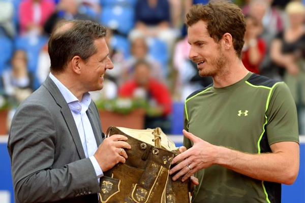 Murray Gets first Clay title by winning BMW Open in Munich},{Murray Gets first Clay title by winning BMW Open in Munich