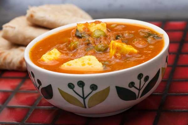 Tasty Green Pea and Paneer Tikka Masala Recipe